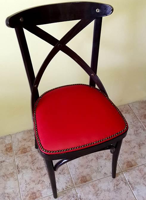 Ξύλινη παραδοσιακή καρέκλα ρετρό